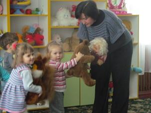 http://dnzivanko.ucoz.ua/romashka/kolektinij_peregljad_055.jpg