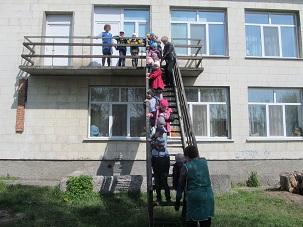 http://dnzivanko.ucoz.ua/romashka/vesna2018_001.jpg