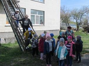 http://dnzivanko.ucoz.ua/romashka/vesna2018_006.jpg