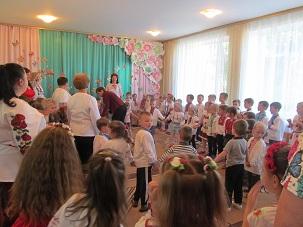 http://dnzivanko.ucoz.ua/romashka/vishivanki_2018_038.jpg