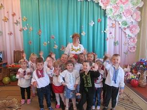 http://dnzivanko.ucoz.ua/romashka/vishivanki_2018_047.jpg